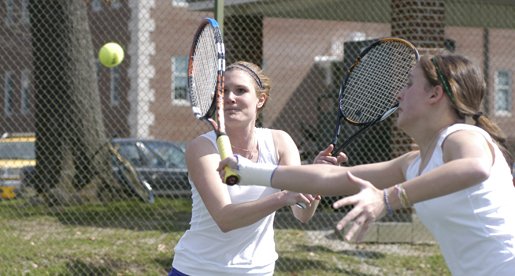 Cran wins singles point as Golden Eagle women fall to Chattanooga, 6-1