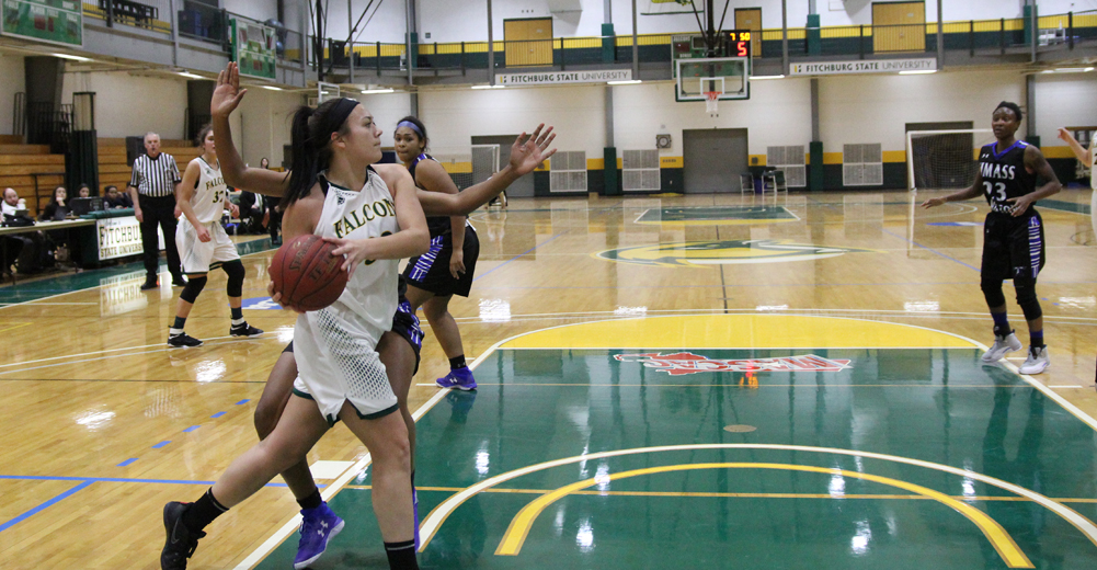 Fitchburg State Clipped By UMass Boston, 81-75