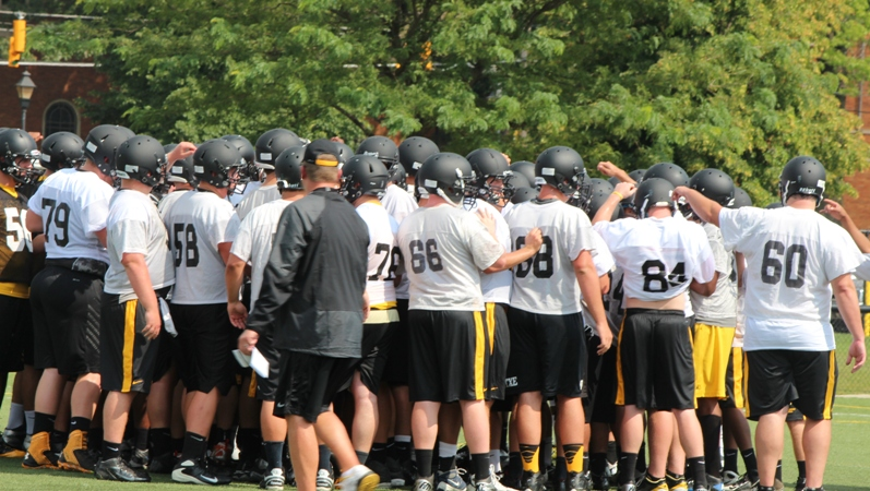 Football Earns Votes in AFCA Division II Coaches' Poll