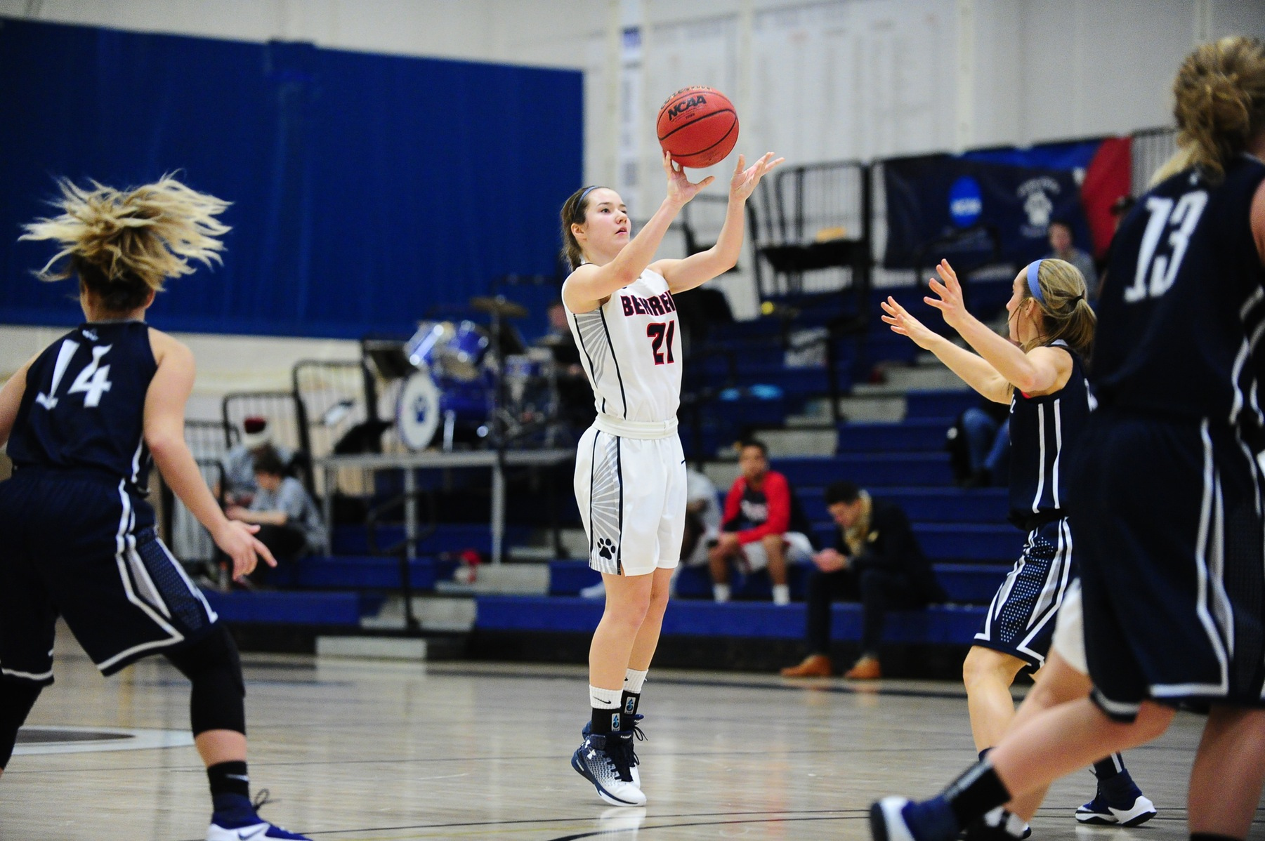 Women's Basketball Tops Franciscan in AMCC Action
