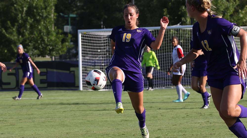 Golden Eagles stay unbeaten in OVC play, draw at Morehead State 1-1