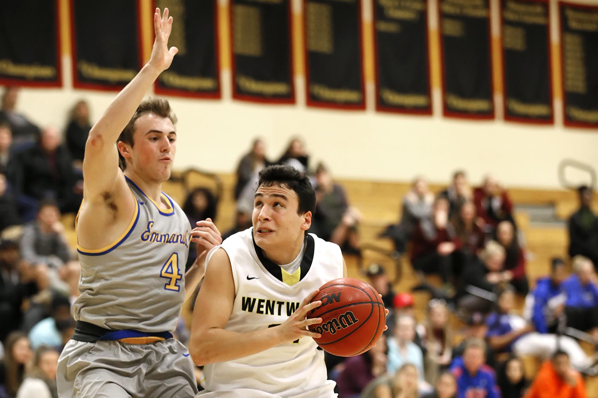 Men's Basketball Runs Win Streak to Five