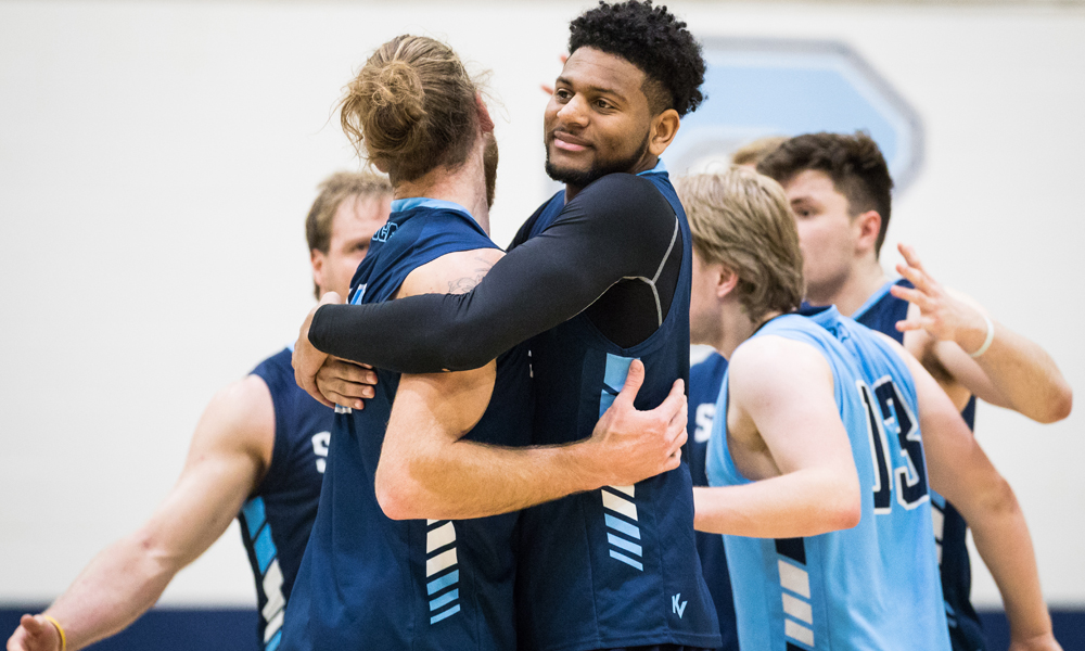 Men's volleyball pick up critical road win against Mohawk