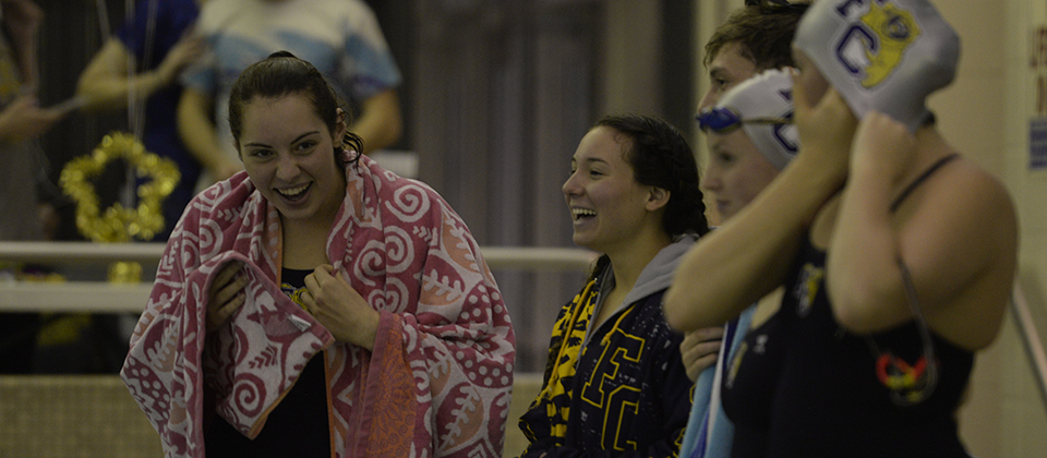 Women's Swimming & Diving Cracks Top-25, Move Up Midwest Region Ranks