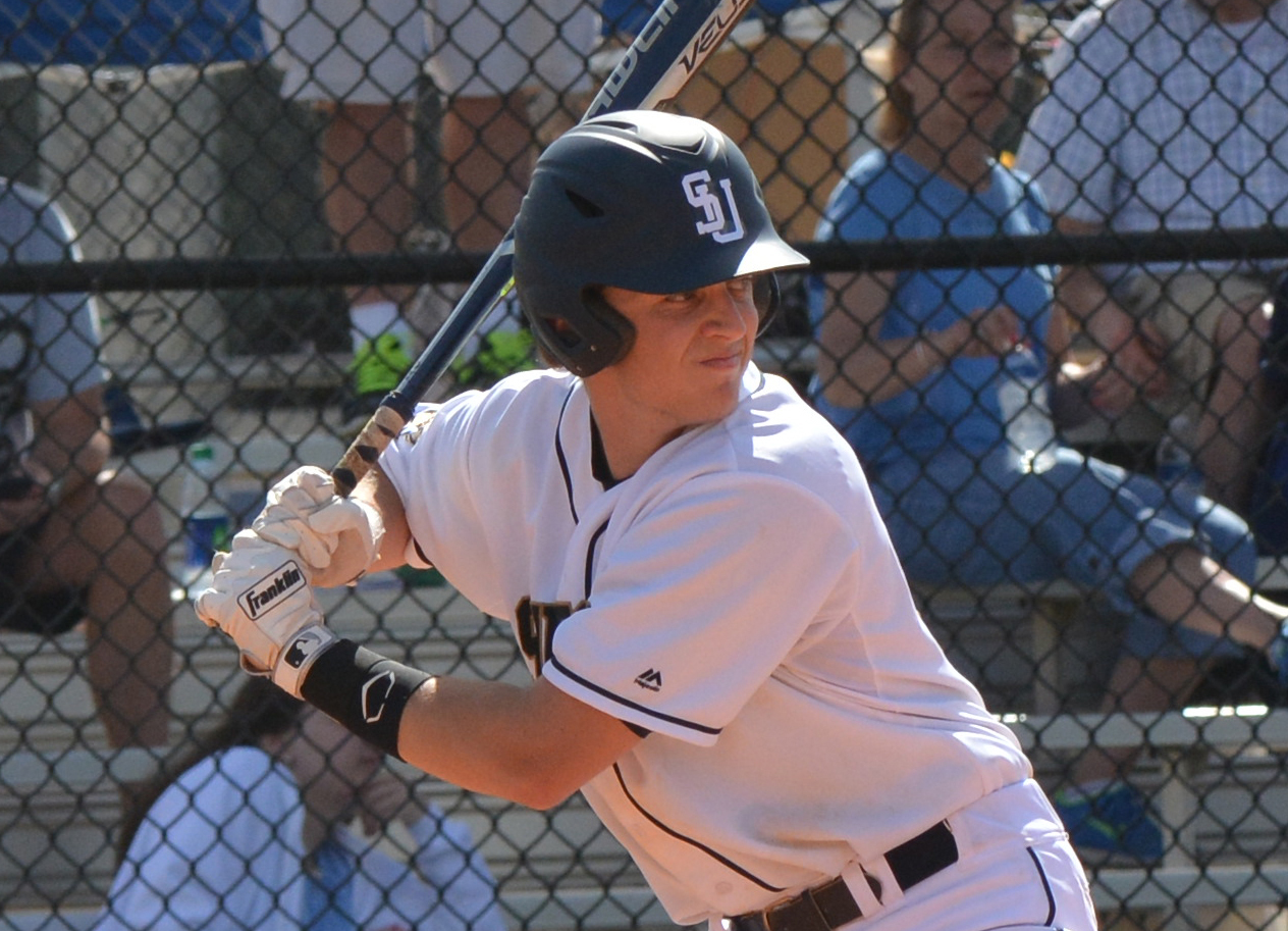 Frasca's 10th-Inning Homer Seals Baseball's Seventh Straight Win at UMass Dartmouth