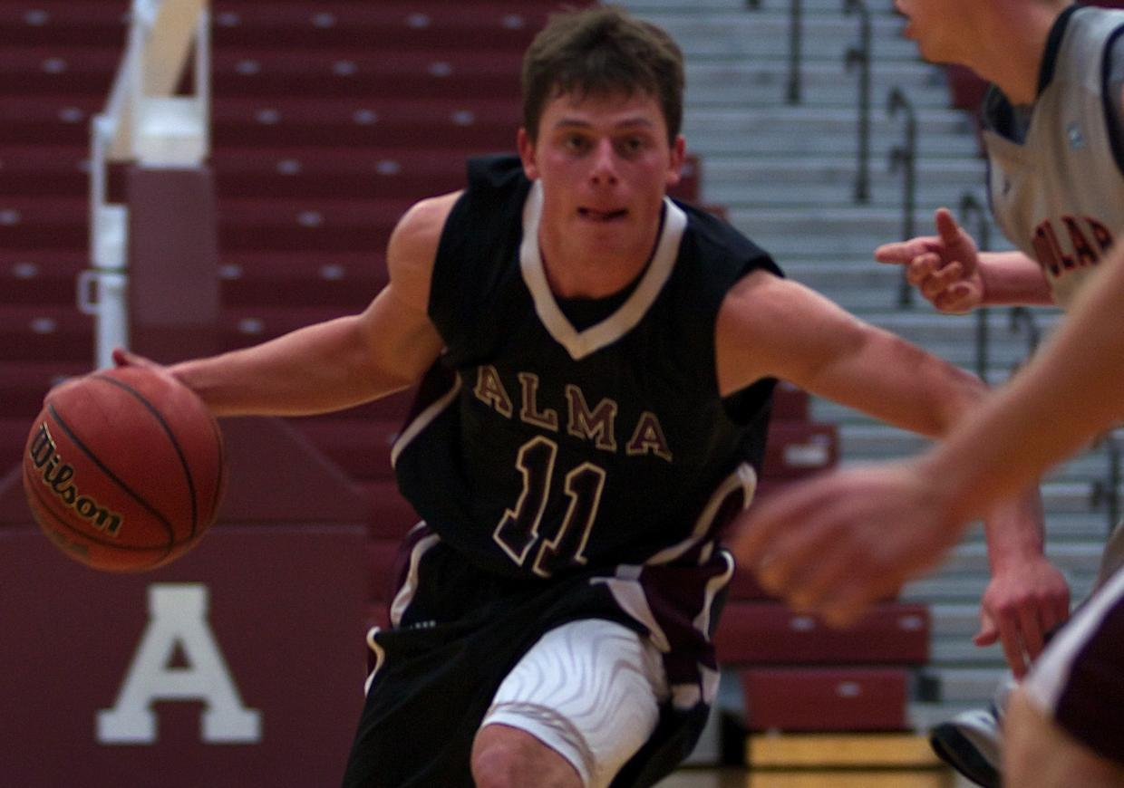 Alma Men's Basketball leads for 30 minutes at Hope on Thursday, but eventually lose 83-69 in MIAA opener