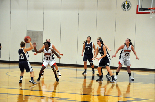 Women's Basketball drops opener, 75-67, to Moravian