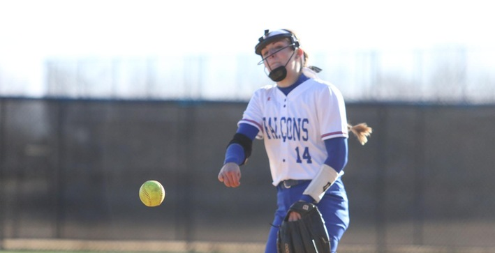 Softball closes season with sweep over Edgewood