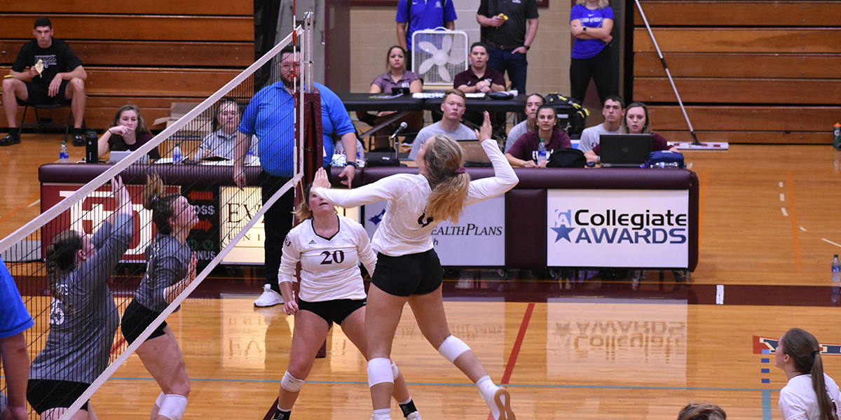 Evangel Volleyball Sweeps Saturday Slate at Evangel Classic
