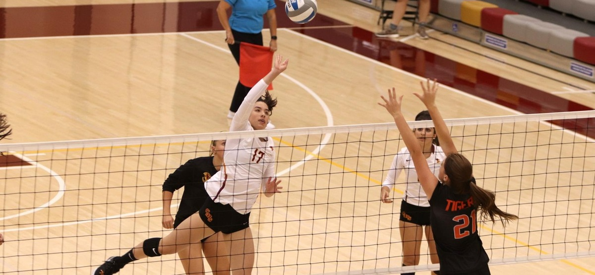 Efficient Offense Carries CMS Volleyball to Three-Set Sweep of Occidental