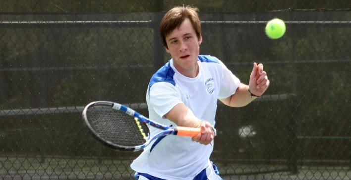 Men's Tennis drops 2014 opener against Saint Mary's