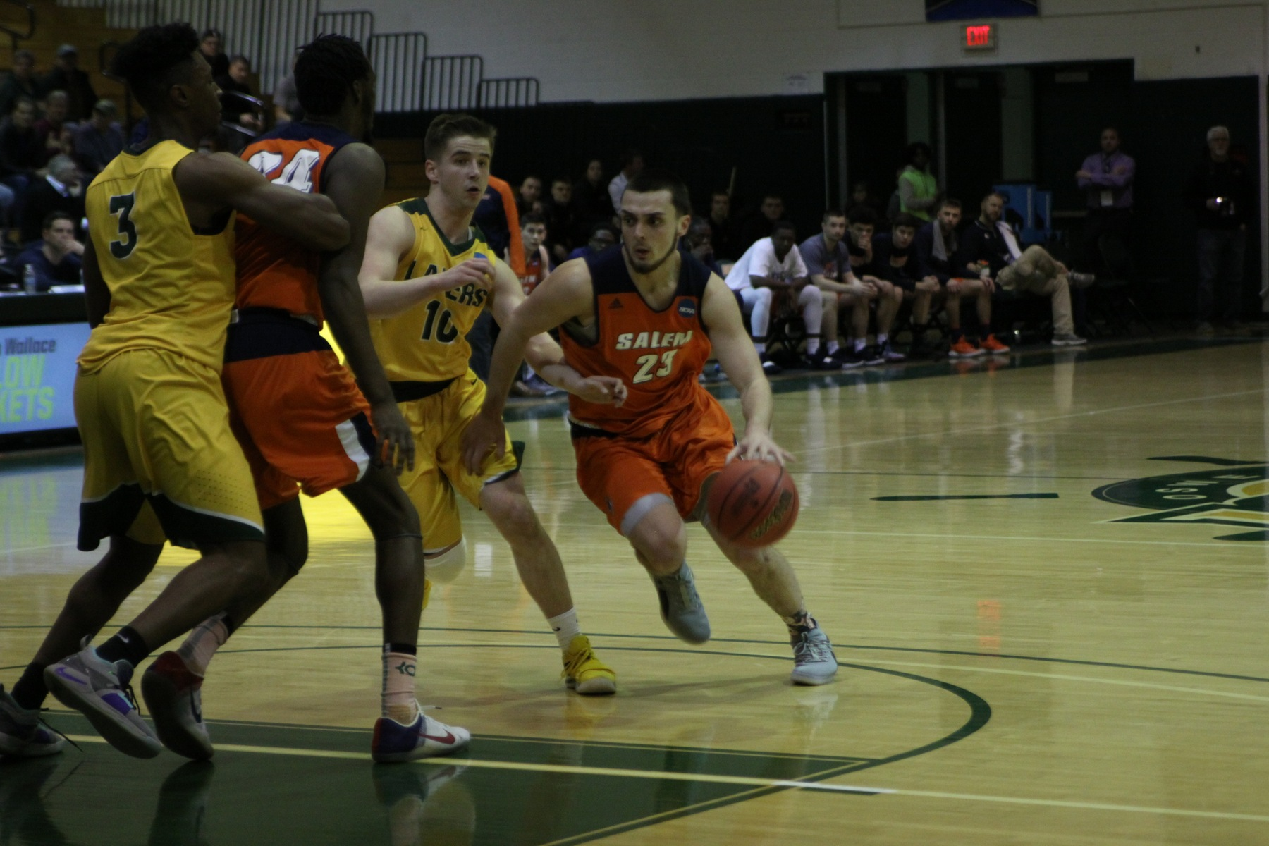 Oswego State Tops Salem State 72-59 in NCAA Tournament Opening Round
