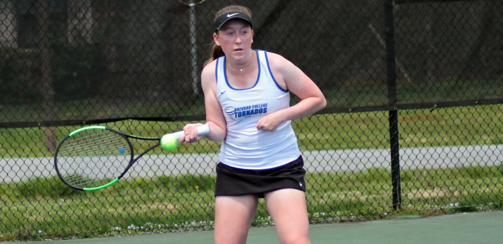 Women's Tennis' Win Streak Matches Program NCAA-Era Record with 6-3 Victory at LaGrange