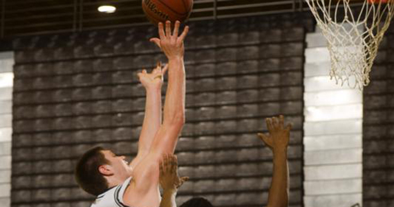GC Men Topple West Florida, 72-60