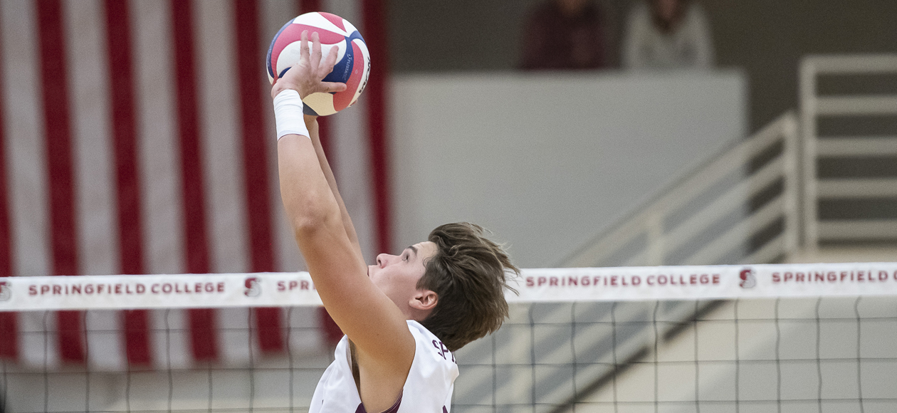 Top-Ranked Men's Volleyball Closes Out Regular Season With Five-Set Win Over Sacred Heart