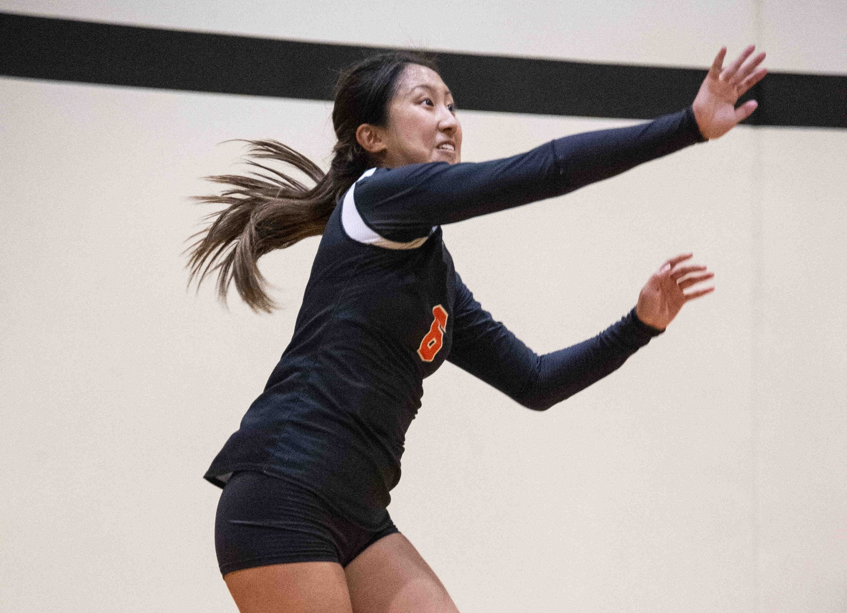 Fan's 20-20 Night Powers Volleyball Comeback at Pomona-Pitzer