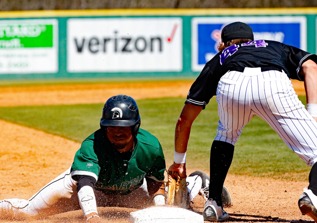Stetson Sweeps Upstate in Saturday Doubleheader