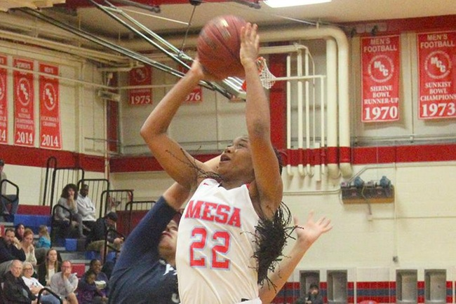 Anessa Glenn finished with 17 points and 10 rebounds in Mesa's win over Eastern Arizona Wednesday night. (Photo by Aaron Webster)