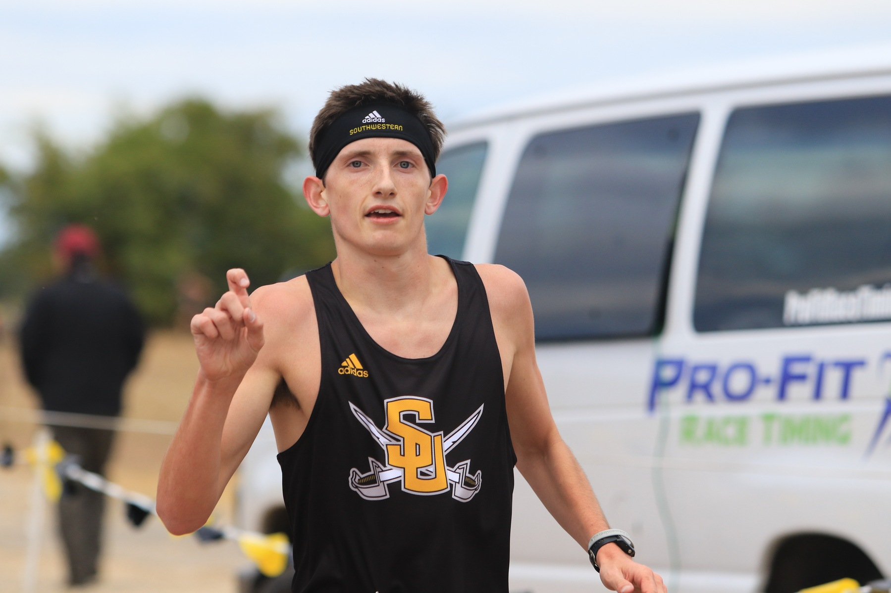 Dennis Takes First in Pirates Invitational