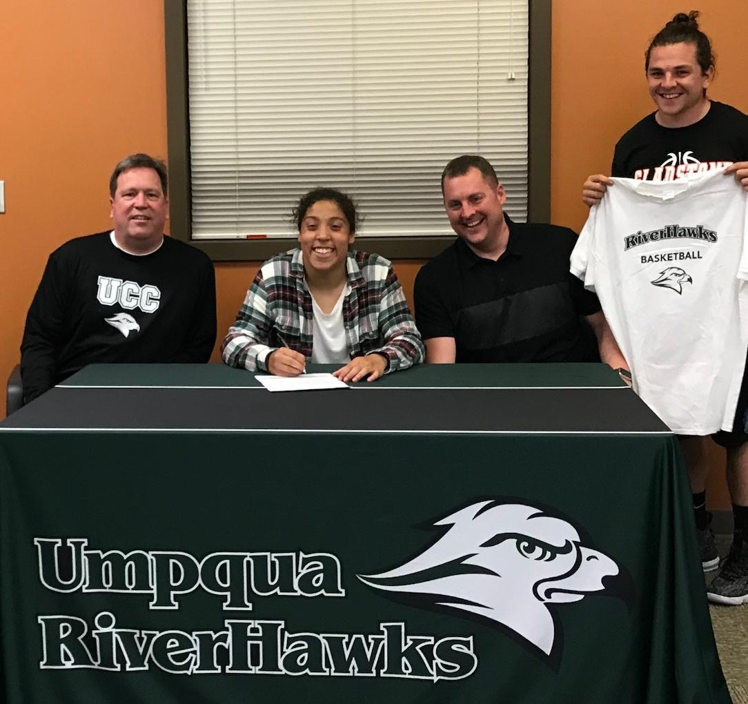 Women's Basketball Adds Gladstone Multi-Sport Standout