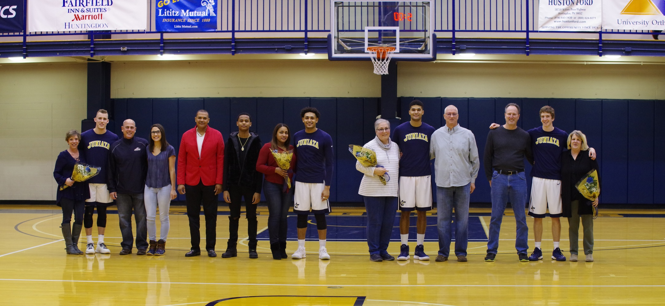 Juniata Men Win on Senior Day, Finish Atop the Landmark