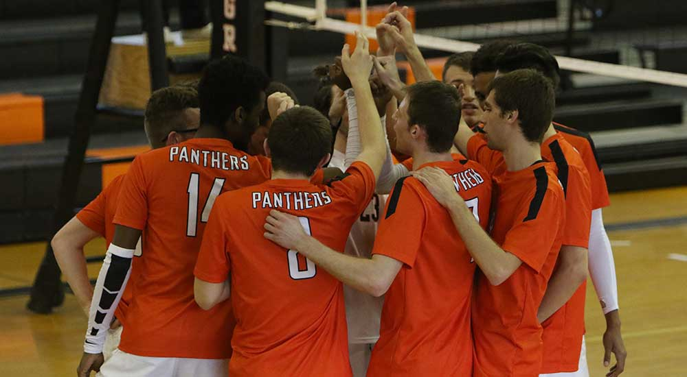 Men's volleyball upsets third place Lakeland