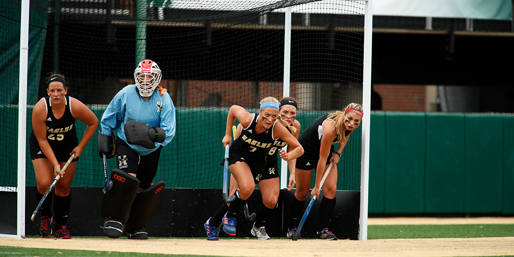 Field Hockey Falls to Maine-Farmington on the Road