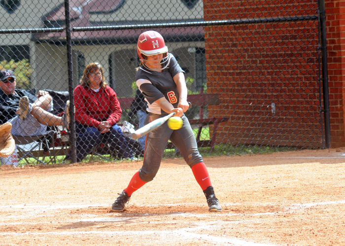 Chelsea Messer was 4-for-7 with two runs, a double and two stolen bases in Sunday's games with Dallas and Millsaps.