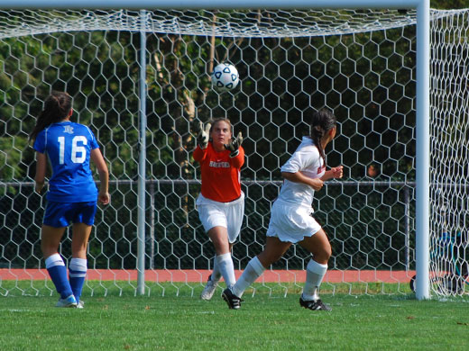 Season kicks off with scoreless tie against Arcadia