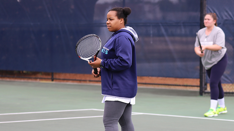 Women's Tennis Edged in Road Battle with Randolph