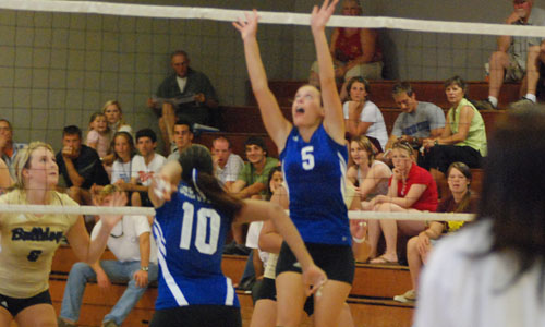 Jami Perry had 27 assists, eight digs and five kills for the match.