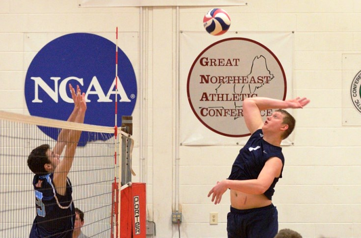 Men's Volleyball: Raiders sweep Emerson, improve to 6-0 GNAC