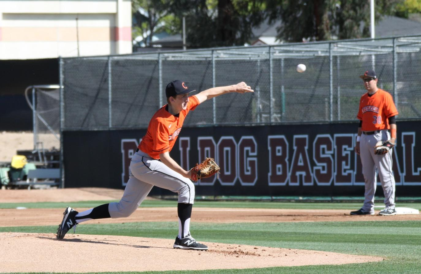 Baseball Reels in First SCIAC Win of Year Against Sagehens