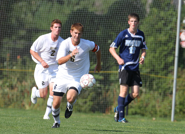 Parisi's early goal leads Bulldogs over RMU