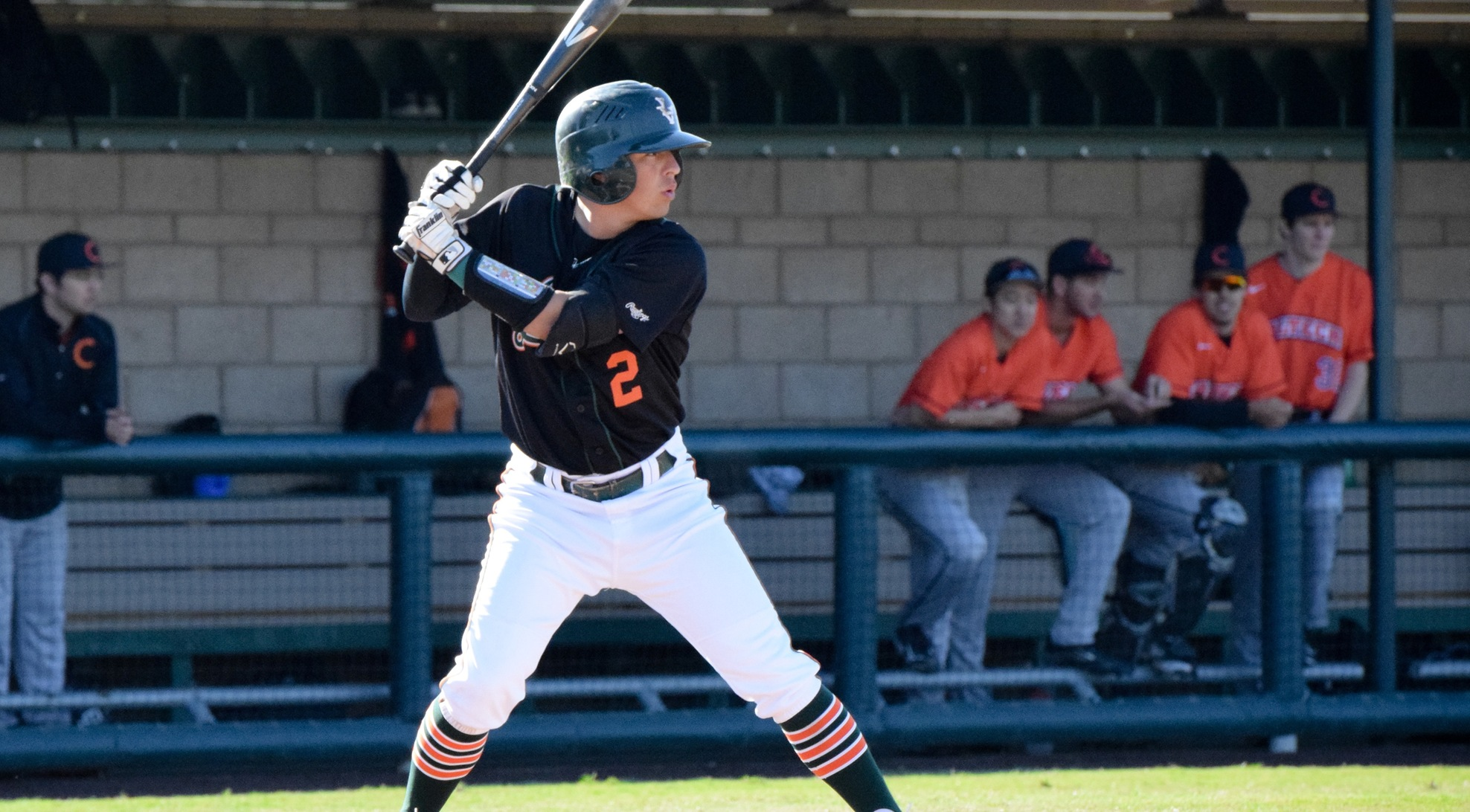 Douglas walk-off single lifts La Verne past No. 14 Kean 6-5