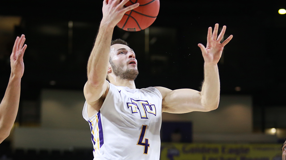 Tech downs Austin Peay, remains perfect in Eblen Center