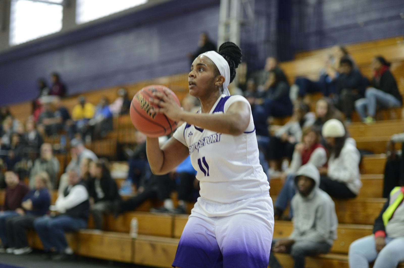 Women's Basketball Battles Buts Falls At Home By Three To ECC Leader St. Thomas Aquinas, 72-69