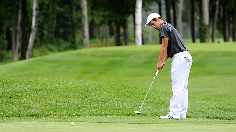 Men's Golf in Seventh After Round One of NECs