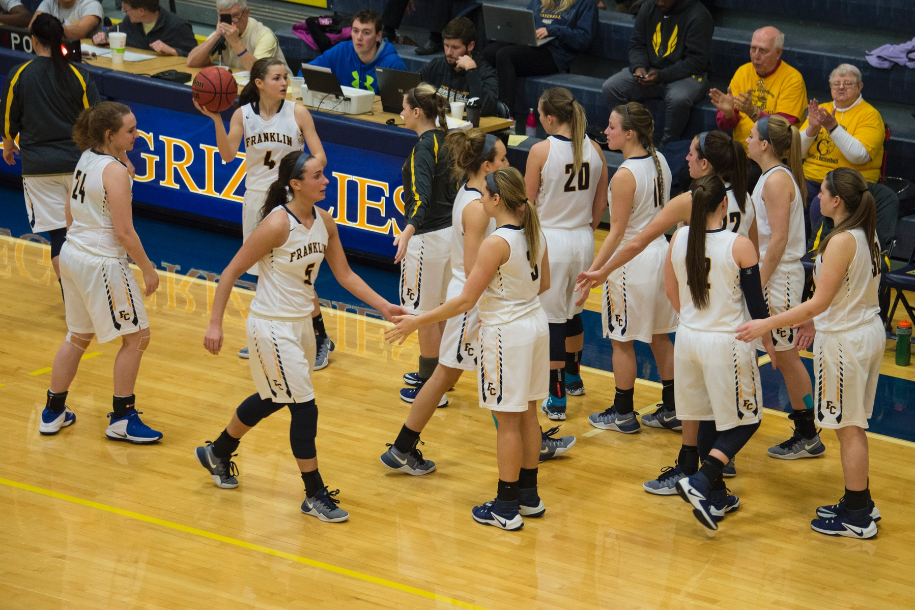 Women's Basketball Team Hangs On For First Round Win