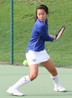 Wellesley Tennis Drops 3-2 Heartbreaker to Vassar at Seven Sisters