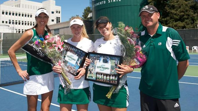 WOMENS TENNIS FALLS TO #42 SAINT MARY'S ON SENIOR DAY