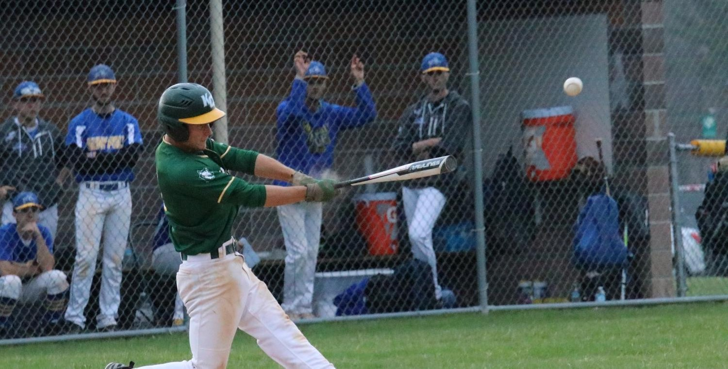 Brooks Vertoske (4) went a combined 5-5 with 3 walks on Thursday