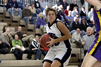 Chapin's first double-double leads five in double figures as No. 13 women blow by Case, 79-66