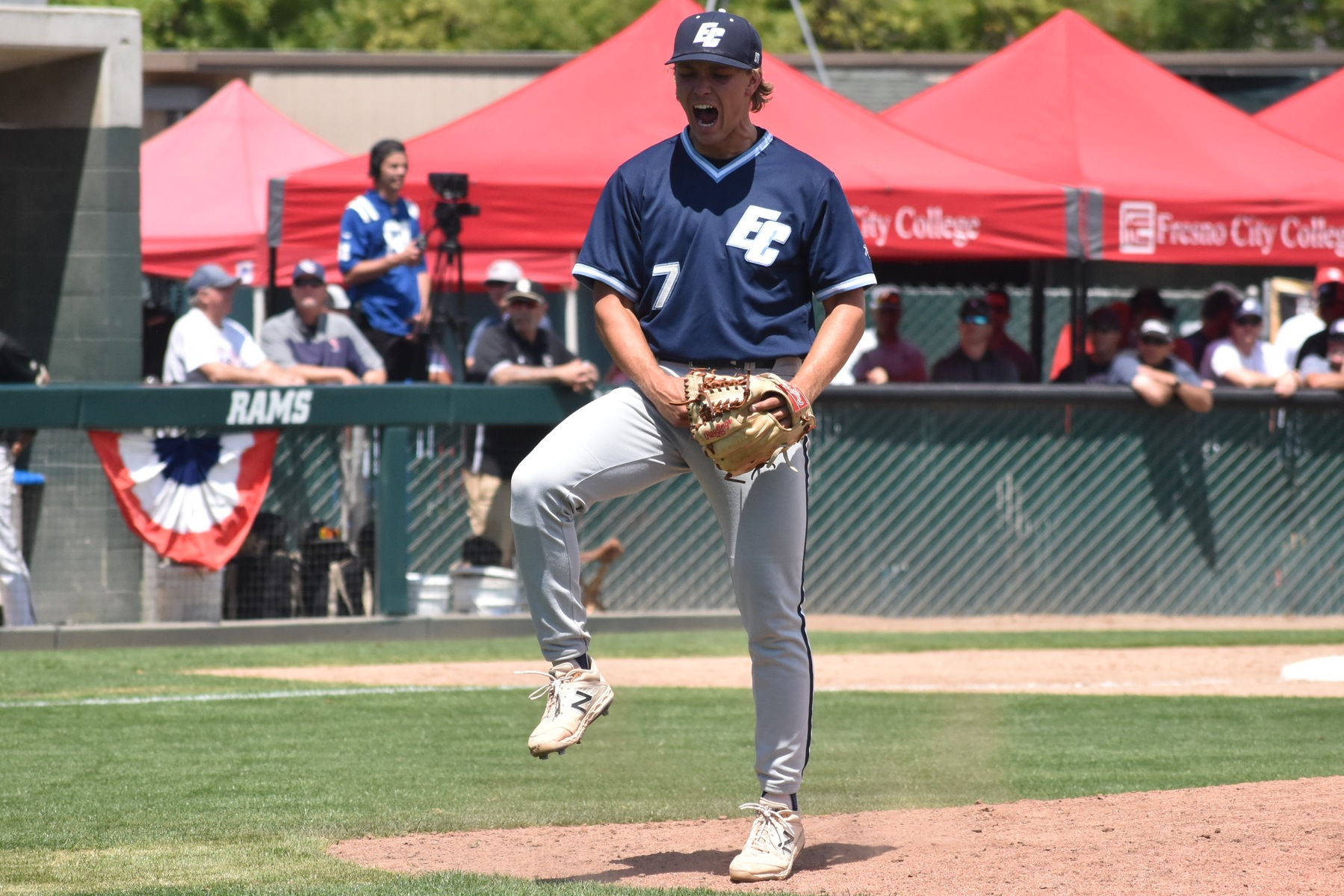 Warriors Defeat San Joaquin Delta in Opening Game of CCCAA State Championships