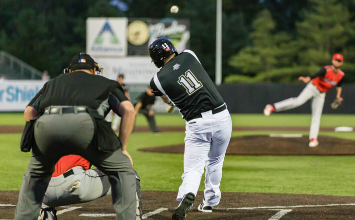 Kronenfeld's Historic Night Leads Rascals Past Belters