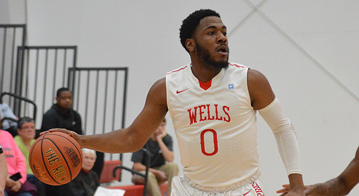 Nationally-Ranked Hamilton Defeats Men's Basketball