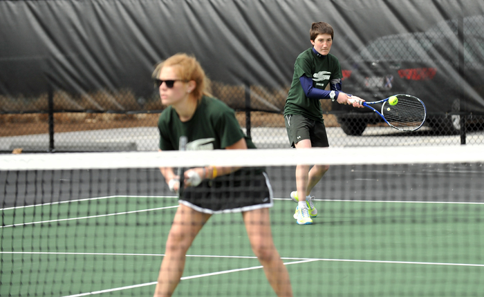 Women's Tennis Takes All Doubles Matches in 6-3 Victory Over Arcadia