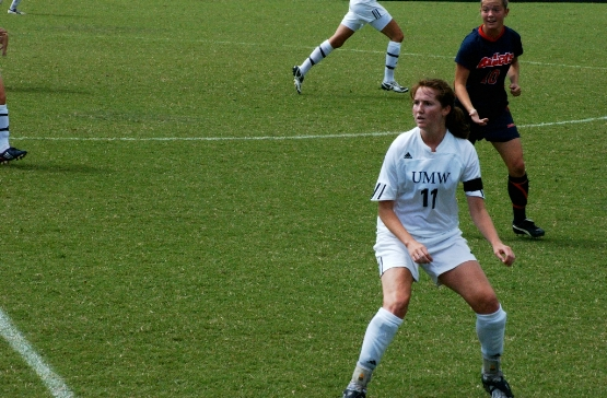 UMW's Tryon Named to NSCAA Regional Scholar-Athlete and Jewish Sports Review All-America Teams
