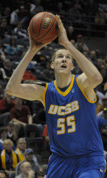 Gauchos Close Out 2010 With New Year's Eve Matinee Against Fresno Pacific