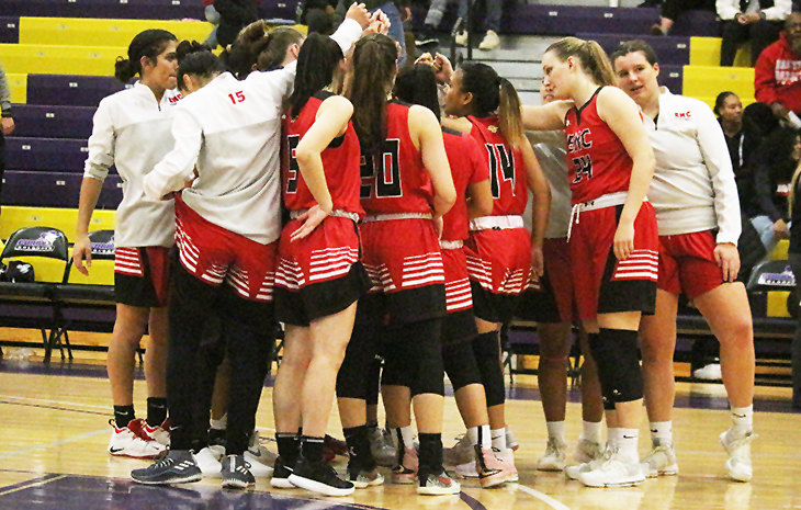Women's Basketball Heads to New England College Thursday in NECC Semifinals